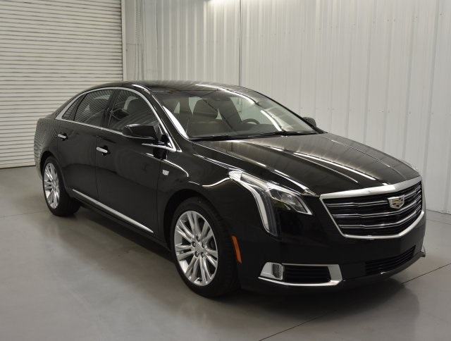 New 2018 Cadillac XTS Luxury